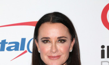 Kyle Richards Cleaning Up: Some Friends Are Out