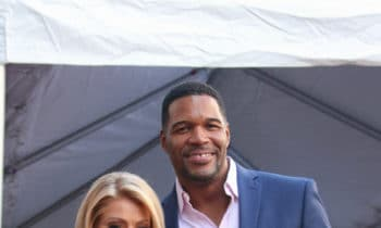 Kelly Ripa Gets Passive-Aggressive With Michael Strahan On 'Live'