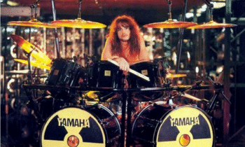 Tribute: Former Megadeth Drummer Nick Menza Dies On Stage – Metal Monday