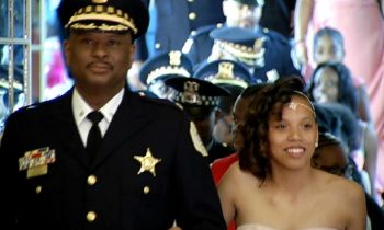 Chicago Police Officers Escort Girls Without Fathers To Annual Daddy-Daughter Dance