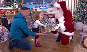 and#039;Look Santa, I Can Walk!and#039;: Little Girl Walks For The First Time After Operation To Fix Her Spine