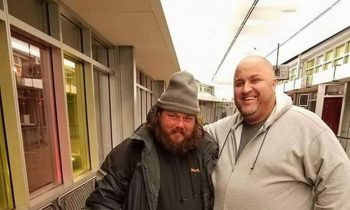Illinois Community Raises $500 In Hours To Send Homeless Veteran To Stay With A Friend In New York