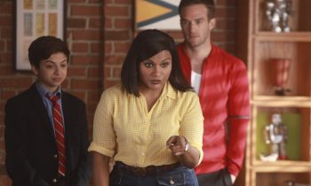 Mindy Kaling Talks Champions, Times Up, and Ocean 8
