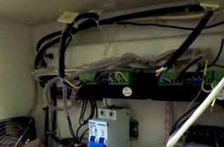 Arduino Revives Junkyard Laser Cutter