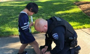 Cop Notices Boy With Bloody Socks, Returns With A New Pair Of Shoes